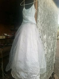 women's white floral wedding gown Golden Valley, 86413