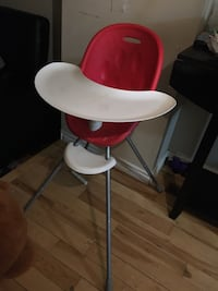 High chair  Brampton, L6S 3X8