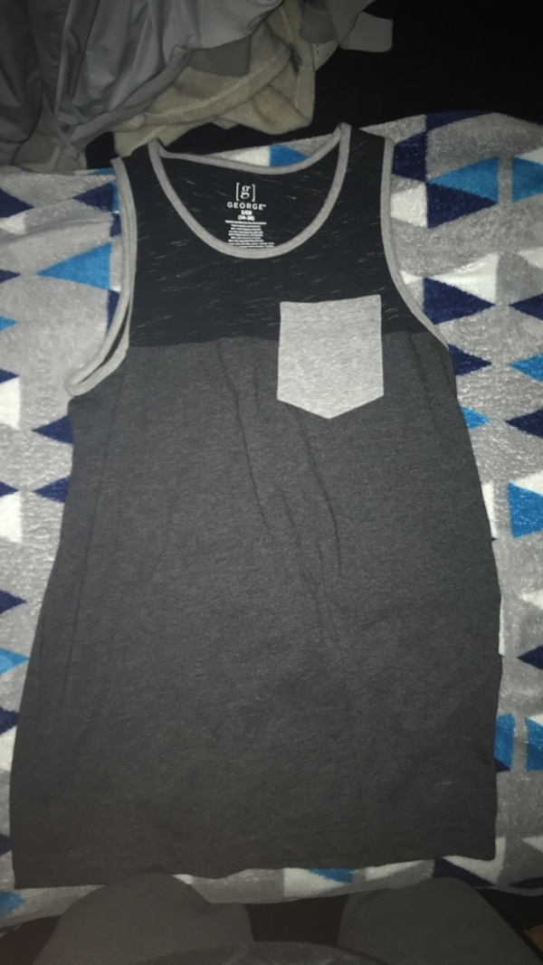 Gray Mens Tank Top / Size Small 0