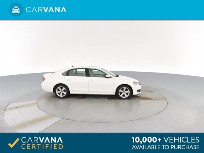 2013 VW Volkswagen Passat sedan 2.5L SE Sedan 4D White <br /> 9