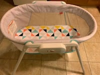 Fisher Price Stow and Go Bassinet  Markham, L3S 0B4