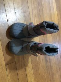 Toddler snow boots size 7 Manchester township, 17406