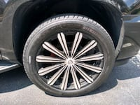 Like brand new wheels and tires 22 inch  Centreville, 20121