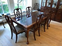 Mahogany Dining Set - Table, 10 Chairs, and China Cabinet - PERFECT CONDITION Philadelphia
