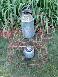 Old Two Tiered Plant Stand Des Plaines, 60016