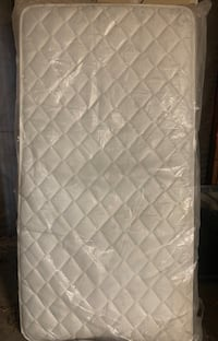 Twin mattress  Manteca, 95336