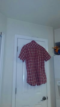 Men's red and white plaid print polo shirt