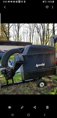 Agrifab chip and vac cart