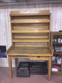 Vintage/Antique Postal Mail Sorter Desk. Solid wood Geneva, 49090