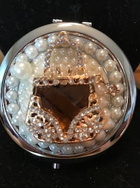 Gorgeous! Purse Compact Mirror Gainesville, 20155