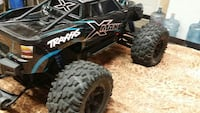 Rc Emaxx truck with  extra  parts  Patterson, 95363