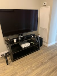 Tv stand with mount London, N5W 0A6