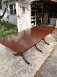 Table seats 10...Antique dining room table Gainesville, 30504