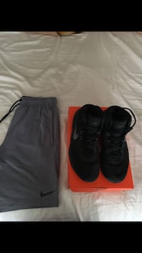 pair of black Nike Air Foamposite One shoes with box Falls Church, 22044