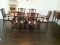 Dinning  room table and 6 chairs 3 leaves extends  Freehold, 07728