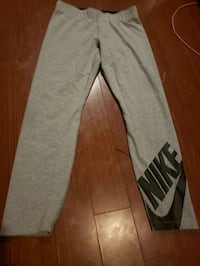Grey Ladies Medium Nike Pants. Toronto, M6P 3C9