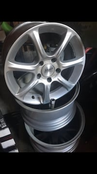 Great condition 16x7.5 Newton, 02468