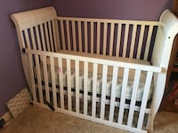 Convertible baby bed to toddler bed Conyers, 30012