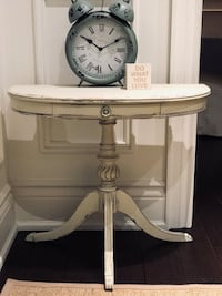 Rustic Farmhouse Shabby Chic Half Circle Accent Table Oakville, L6L 5X6