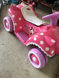 pink and white ride on toy Cedar Park, 78613