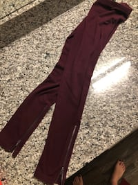 women's maroon pants Dallas, 75215