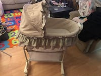 $50 OBO BASSINET WITH MUSIC/VIBRATION&LIGHT! Great condition  Calgary, T3J 2A1