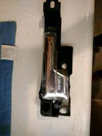 06 Ford Fusion Passenger Back Door Handle Los Angeles, 91405