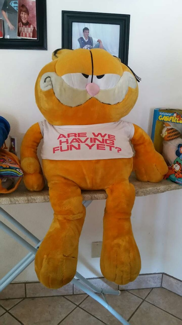 Used Large Garfield Stuffed Animal For Sale In Tucson Letgo