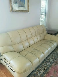 Leather couch and love seat Woodbridge, 22193