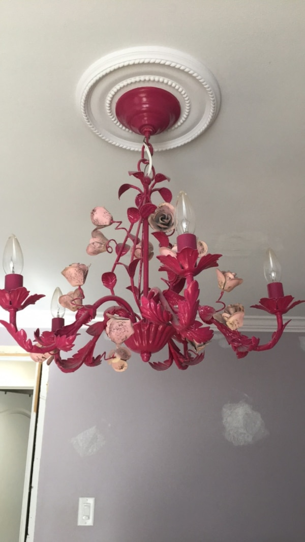 Chandelier .. hot pink and petal pink roses