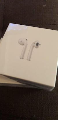 white Apple EarPods with box Signal Hill, 90755