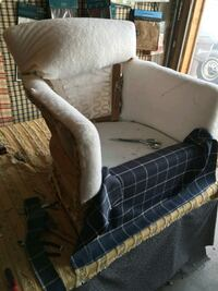 I do upholstery work Mount Pleasant