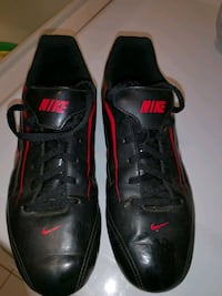 Kid's soccer shoes size 6Y