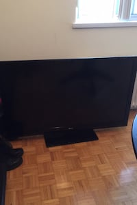 Lg tv Not smart TV Toronto, M4A 1K3