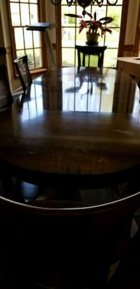 Dining room table with 6 chairs, 2 leafs Spotsylvania Courthouse, 22553