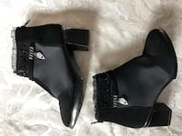 NEW Black Ankle Boots (size 6-1/2 to 7) Toronto, M3H 3B1