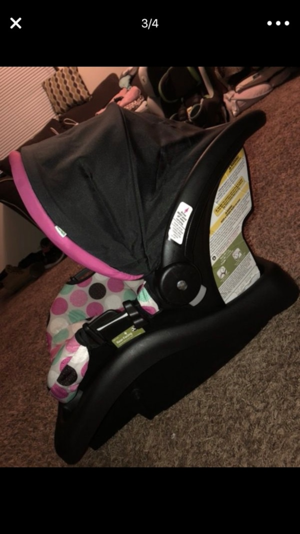 Disney Baby Minnie Mouse Light N Comfy Infant Car Seat