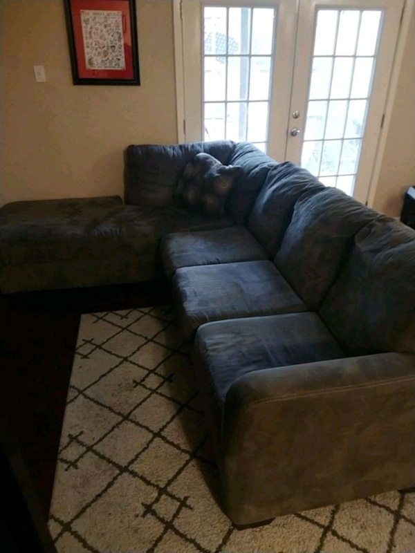 Grey 2 piece couch