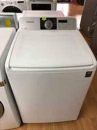 Samsung white top load washer  47 km
