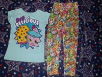 "Girls size 6 & 6/6x ""Shopkins"" T-shirt & Leggings"