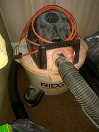 white and red wet and dry vacuum cleaner Sebring, 33870
