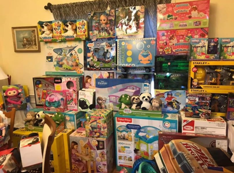 Toy sale - porch pickup. Ask for photos! 9329c003-5c41-454d-9f46-b6ae3b51b021