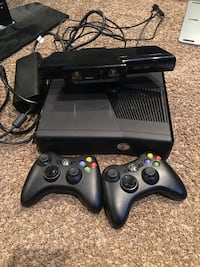 Xbox 360 with Kinect and 7 games Port Jefferson Station