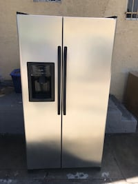 stainless steel side by side refrigerator with dispenser Washington, 20024