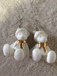 Two Pairs of Earrings for only $6.00 dollars Kelowna, V1W 3T6