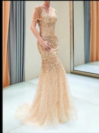 Shiny gold mermaid style gown size sm,med,an large available Brampton, L6V 3X9