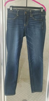 Size 8 American Eagle Skinny Jeans, Like New Cambridge, N3C 0A7