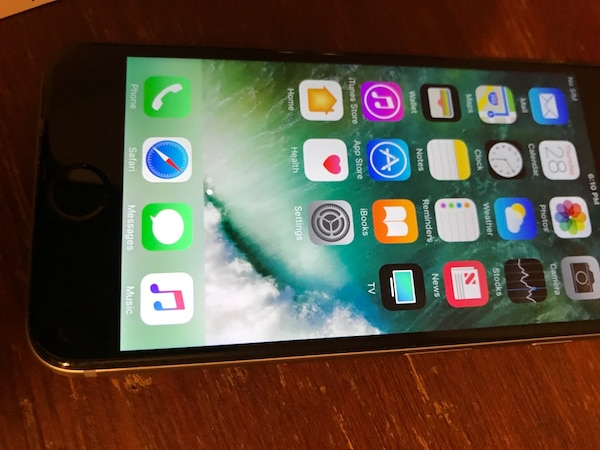 IPhone 6 64gig factory unlocked And good condition everything works as it  supposed to The phone will work with any carrier AT&T Verizon T-Mobile