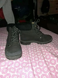 pair of black suede boots Grapevine, 76051
