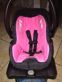 Urbini infant car seat Hanford, 93230